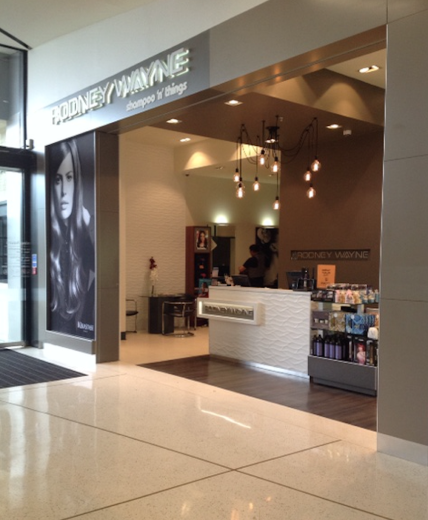 Rodney Wayne Lynn Mall hair salon and hairdresser
